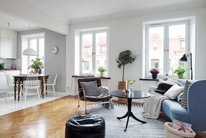 Mẹo cải tạo căn hộ với khu vực bếp trở thành trung tâm khi chủ nhà có thể vừa trò chuyện với khách vừa chuẩn bị bữa ăn.