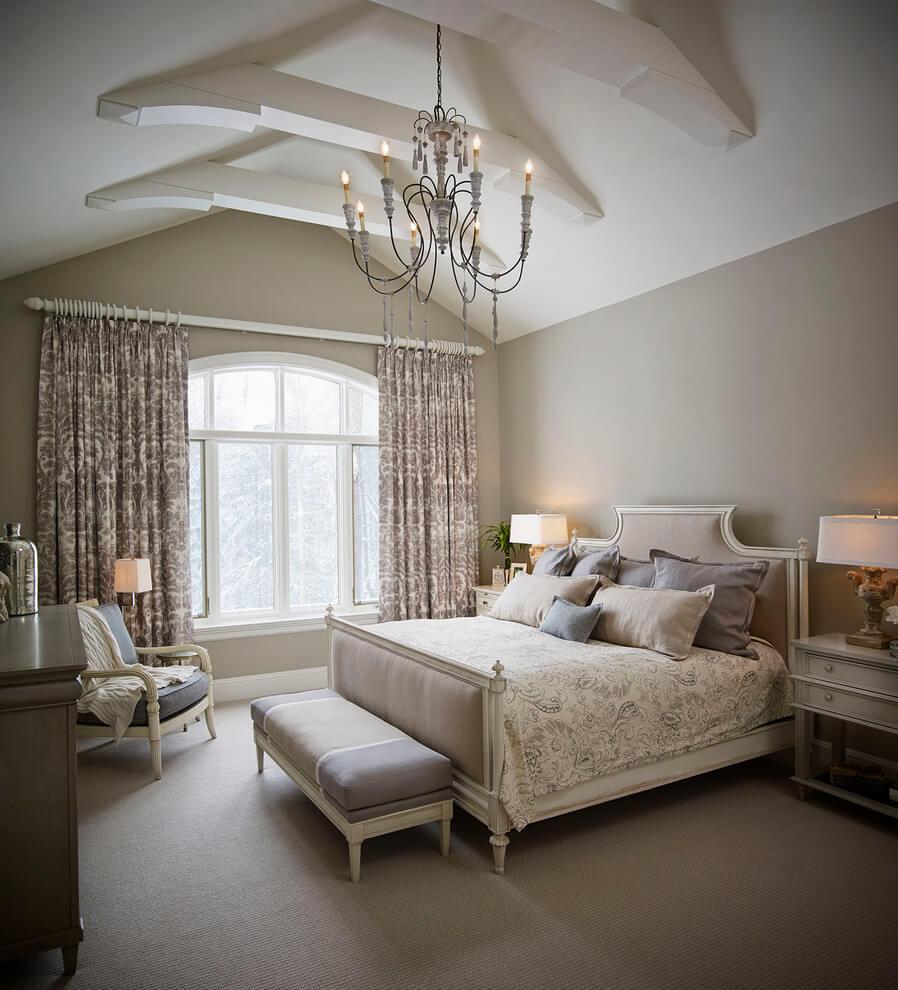 Sắc sơn nâu cho phòng ngủ thêm phần lãng mạn theo phong cách Victoria, thêm chút nâu sẫm, bạn đã có phòng ngủ vô cùng lãng mạn.