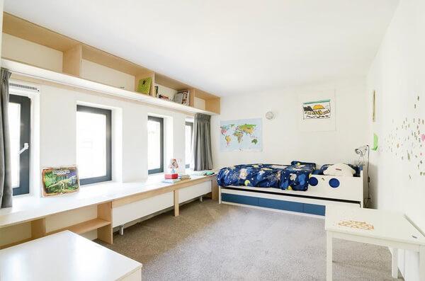 Phòng ngủ cho trẻ được sử dụng giường dài đa năng chuyên nhà cấp 4