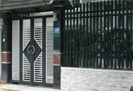 Mẫu cửa sắt đẹp sau khi dùng dịch vụ sơn cửa sắt