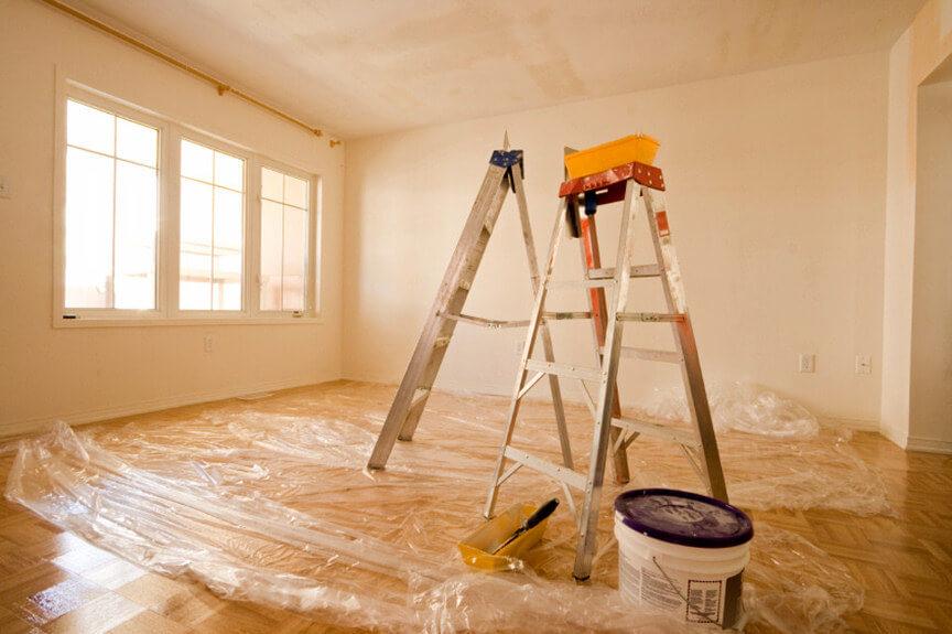 Dịch vụ sơn nhà trọn gói thợ phụ quét góc thợ cả lăn sơn phào chỉ