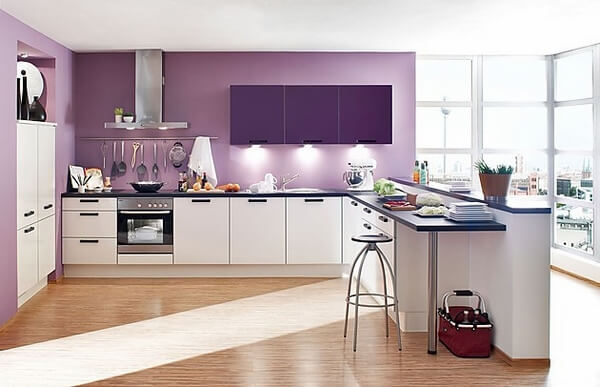 Mẫu sơn nhà bếp đẹp hơn với mầu tím hoa oải hương