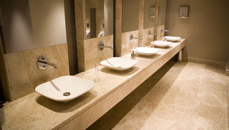 Sửa chữa đường điện nước nhà vệ sinh tự động tại khách sạn 5 sao Hà Nội