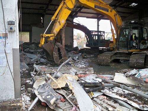 Dịch vụ phá dỡ công trình bằng máy móc hiện đại