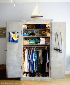 Tủ gỗ giúp phòng ngủ được rộng rãi hơn
