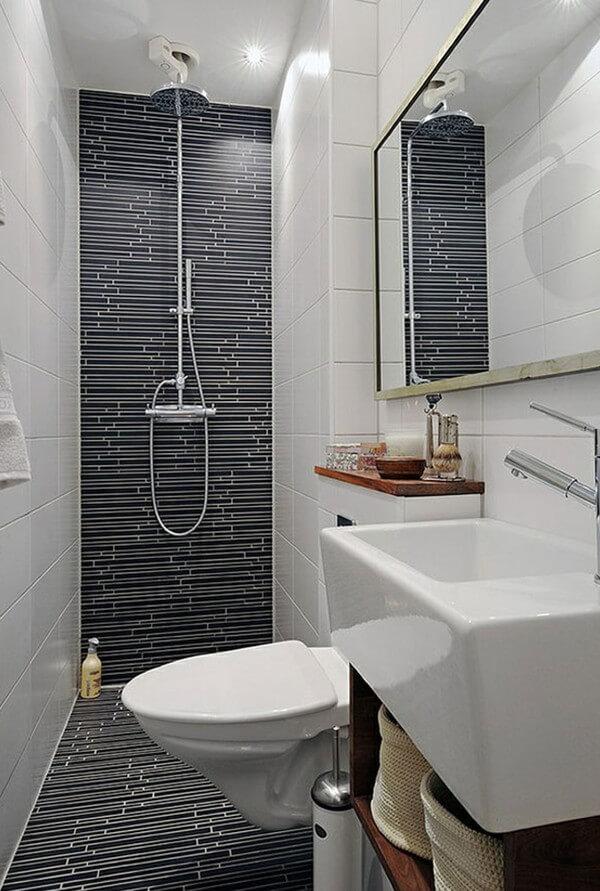 Nhà tắm trong mẫu nhà đẹp này, nhỏ gọn nhưng đầy đủ tiện nghi thiết yếu