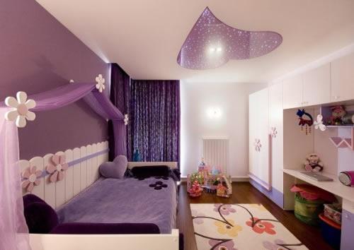Căn phòng màu hồng tím, đáng yêu cho các bé gái.