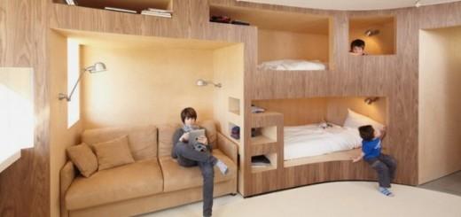 Nội thất bằng gỗ nằm kế tường