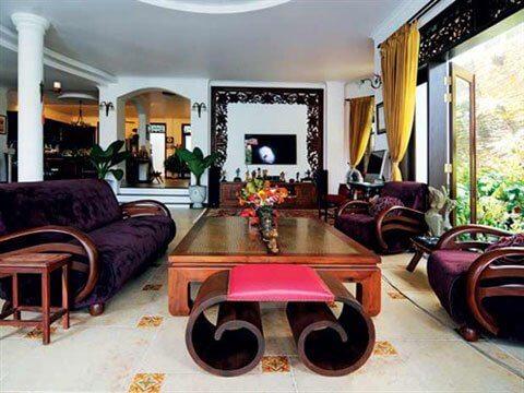 Phòng khách biệt thự giản dị, sửa chữa theo cá tính riêng của người chủ