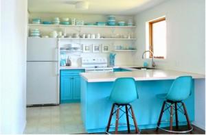 Căn bếp trông đẹp hơn rất nhiều sau khi Sửa nhà bếp biệt thự, tone màu chủ đạo là xanh và trắng