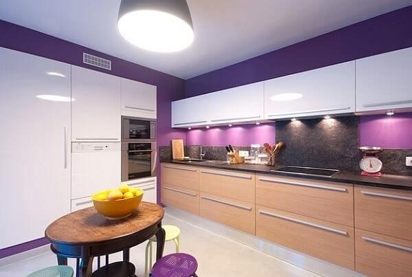 Xu hướng sử dụng gam màu tím cho không gian bếp