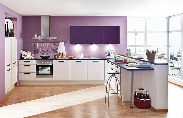 Xu hướng sử dụng sơn màu sắc tương phản không gian bếp