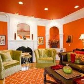 Phòng khách trông rât ấm áp với gam màu nhẹ nhàng