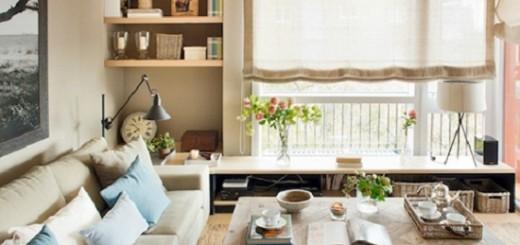 Phòng khách hướng ra cửa sổ giúp căn hộ rộng rãi hơn
