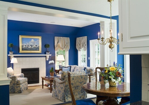 Sơn nhà màu xanh dương đẹp và tươi mát cho hè sôi động