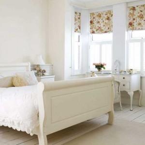 Phòng ngủ mầu trắng sang trọng