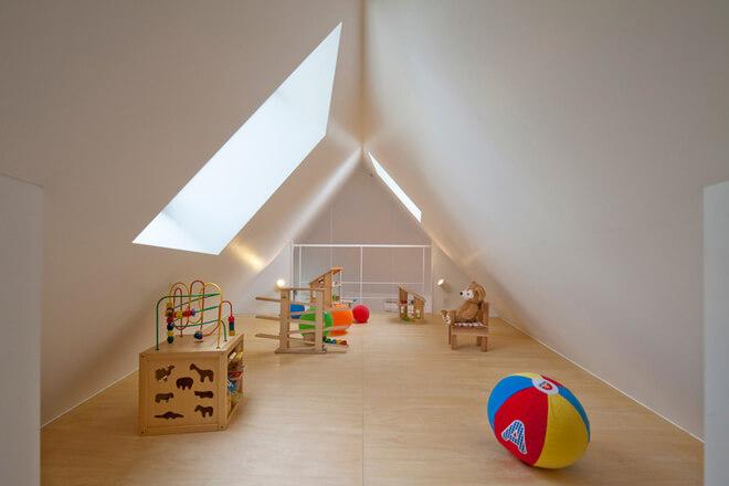 Sửa chữa tầng áp mái biệt thự thành khu vui chơi cho trẻ