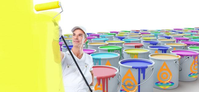 Thợ sơn đang sơn loại sơn nào trong các loại sơn nhà có giá tốt trên thị trường hiện nay?