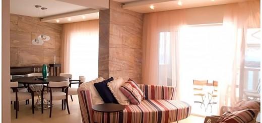 Tấm thạch cao với tạo hình đa dạng giúp chủ nhà dễ dàng trang trí căn hộ theo ý, trong mẫu phòng khách đẹp cho các căn hộ chung cư.