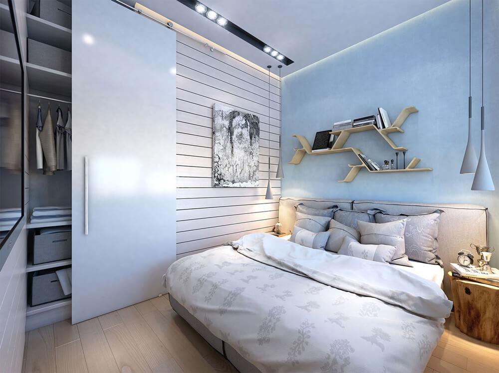 Thiết kế nhà ống hai tầng, nội thất hiện đại với gam màu trung tính tươi sáng cùng hệ tủ trượt mang đến sự tiện nghi cho phòng ngủ của 2 vợ chồng