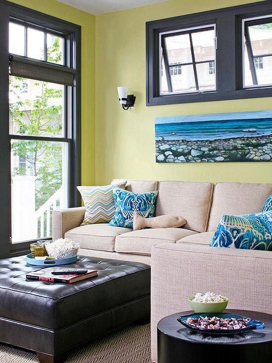 Sơn sửa phòng khách, màu sắc trang nhã và ấm cúng với sắc xanh trở thành điểm nhấn cho phòng khách thêm ấn tượng.