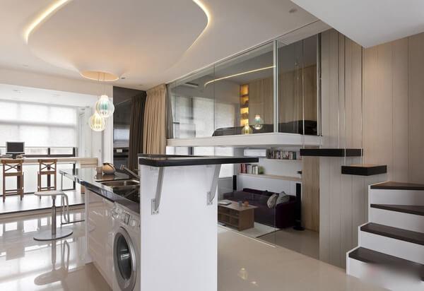 Mẫu nhà đẹp có tầng lửng này, bố trí những phòng ngủ dạng mở với hướng nhìn xuống các không gian khác trong căn hộ như trường hợp của căn hộ này.