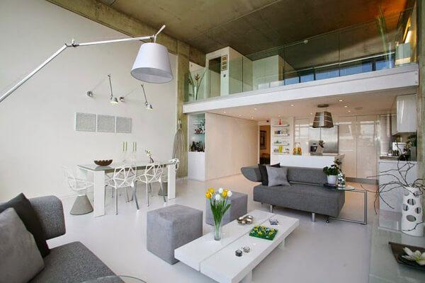 Mẫu nhà đẹp có tầng lửng còn là nơi làm việc, tầng lửng của căn hộ này còn có thể là phòng ngủ hay phòng kho rất tiện.