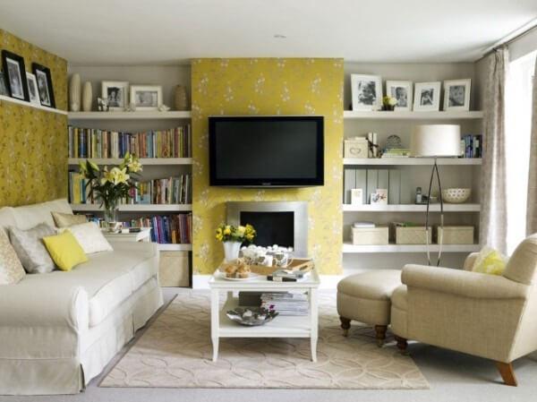 Thiết kế nội thất nhà với tông màu vàng có xu hướng nâng cảm xúc của con người và cũng gợi lên cảm xúc hạnh phúc, lạc quan.