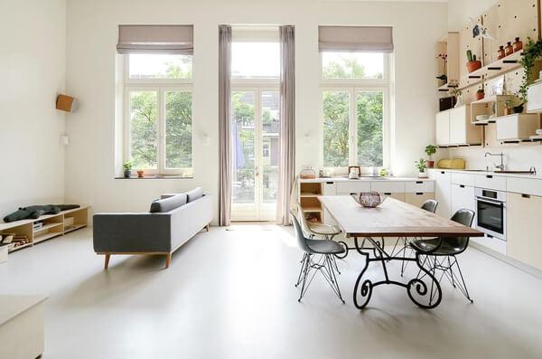 Căn hộ nhà cấp 4 nổi bật với thiết kế nội thất đơn giản bằng gỗ sau khi cải tạo sửa chữa