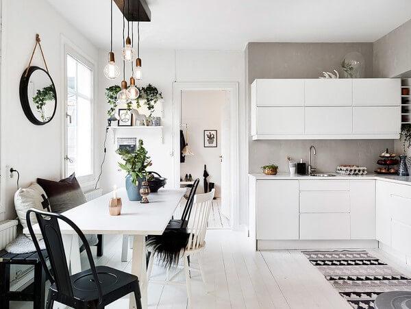 Thiết kế nội thất nhà chung cư với không gian căn bếp giản dị, thân thiện với người sử dụng.