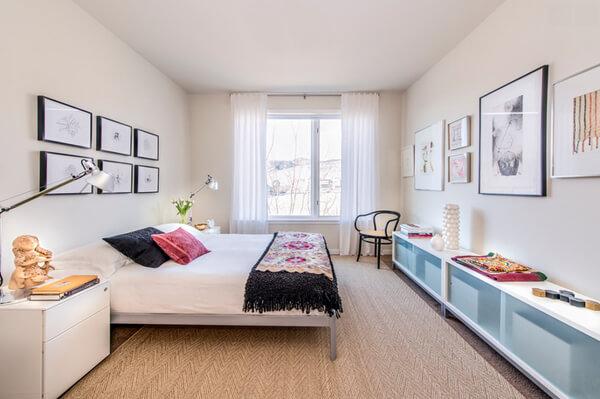 Phòng ngủ sang trọng ấn tượng với mầu trắng sáng trong