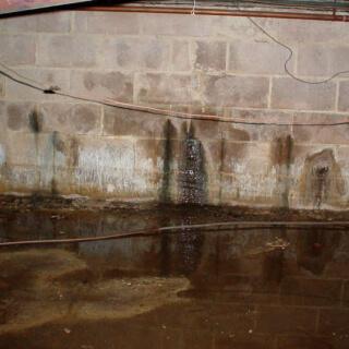 12 cách khắc phục nhà bị ẩm khi trời nồm vô cùng hiệu quả