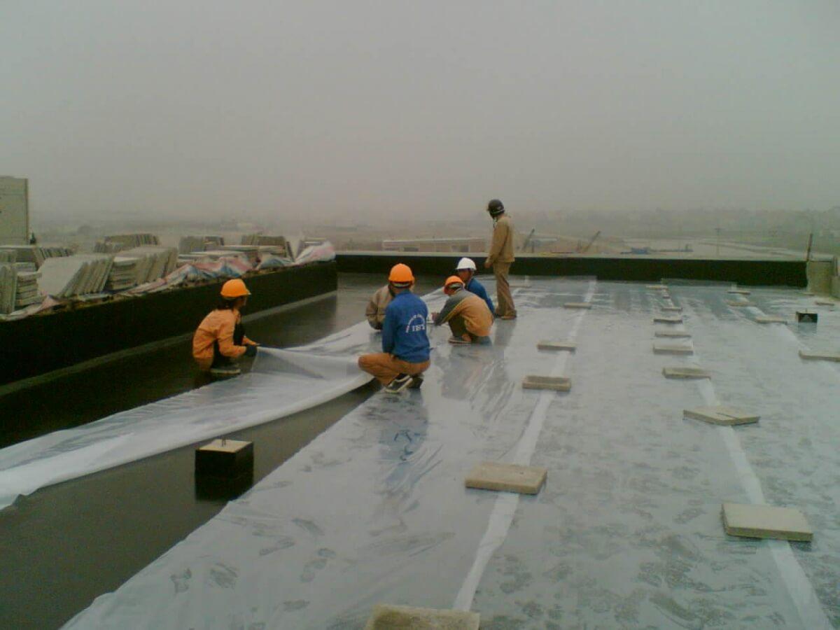 cách chống thấm trần nhà hiệu quả