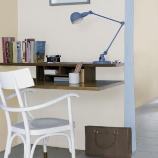 Phòng làm việc bằng màu sơn nhà đẹp trung tính