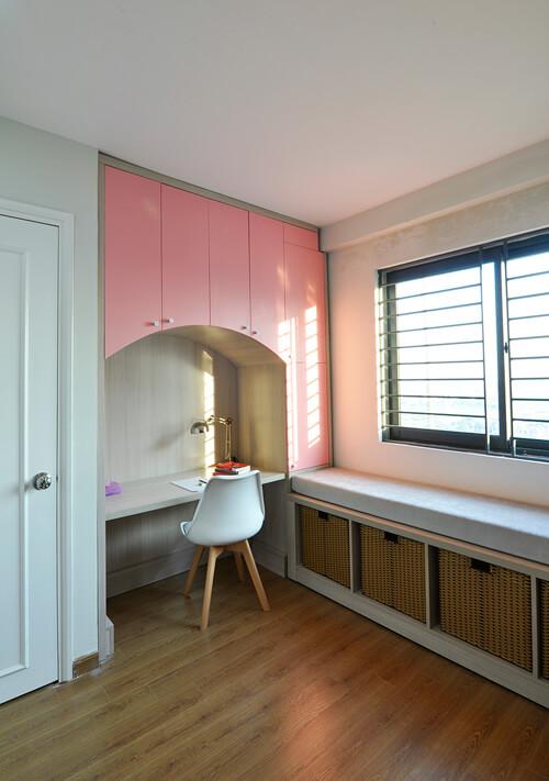 Thiết kế bàn học trong phòng ngủ có diện tích nhỏ mà vẫn đủ công năng sử dụng